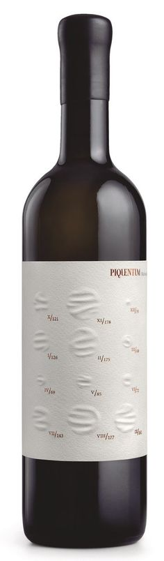 Piquentum St. Vital 2014 Label, design by Studio Sonda