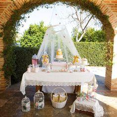 Mesa dulce o candy bar para comunión de Dulce Dorotea en Valencia