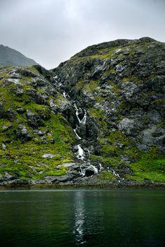 FUCKITANDMOVETOBRITAIN — b-no-photo-stuff: - Wild River - Isle of Skye -...