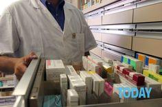 Il prossimo 30 giugno saranno disponibili online sui siti delle aziende farmaceutiche in Italia i nomi dei medici che hanno ricevuto compensi per ricerche, consulenze, congressi e seminari. L'Italia è tra i 33 Paesi nei…