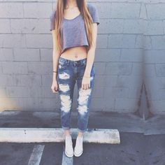 Ripped Jeans + Tee