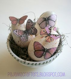 Speckled Butterfly Easter Eggs (and some super cute bonus Easter crafts), Pajama Crafters