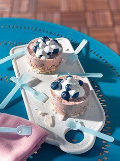 Heidelbeer-Eistörtchen (Rezept, Dessert, Sommer, Backen, Eis, Heidelbeeren, Beeren) Dessert, Pies, Kuchen, Ice, Summer, Deserts, Postres, Desserts