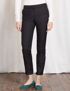 d4d236bc093a NEW BODEN WITH TAGS Richmond 7 8 TROUSERS WM453 12R BLACK  fashion  clothing