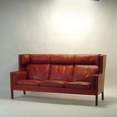 Børge Mogensen sofa via DesignAddict