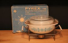 Pyrex Snowflake Garland Deluxe Hostess Casserole with Lid, Cradle & Box 023 #Pyrex
