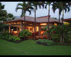 Ke'ei Beach House - tropical - exterior - hawaii - by Dinmore & Cisco Architects, Inc.