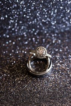 saint louis wedding photographer | the ring shot kit | glitter ring shot   http://ashleyfisherphotoblog.com/saint-louis-wedding-photographer-the-ring-shot-kit/