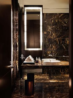 bathroom | Munge Leung #repinned by amna mulabegovich art & interior architecture