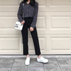 Korean Fashion Trends you can Steal – Designer Fashion Tips Korean Fashion Trends, Korean Street Fashion, Korea Fashion, Asian Fashion, Look Fashion, Girl Fashion, Fashion Styles, Ulzzang Fashion, Hijab Fashion