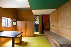 Le Corbusier's personal cabanon (cabin) at... at Il a des jambes sublimes.