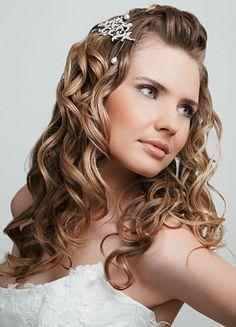 Peinados para damas de honor