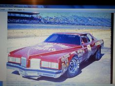 """Hoss Ellington built """"Test Car"""" of a 1976 Pontiac Grand Prix that showed up at Daytona in . First time ever seen. Never raced Real Racing, Sports Car Racing, Nascar Racing, Auto Racing, Dirt Racing, Nascar Cars, Race Cars, Old School Muscle Cars, Pontiac Cars"""