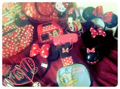This is a picture of all my fav items I have in my bedroom at the moment the collection will grow soon anyways lol I have not only Minnie Mouse but hello kitty purse and Daisy Duck makeup purse and an hello kitty purse :) hope you guys and gals enjoy ! :)