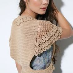 What are the different knitting patterns? The history of knitting dates back to very, very old times. Almost all of the knitting ladies are curious. Pull Crochet, Mode Crochet, Knit Crochet, Crochet Shrugs, Shawl Patterns, Knitting Patterns, Crochet Patterns, Skirt Patterns, Sewing Patterns