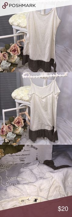 Nordstrom beige cream ruffle tee tank top shirt Has no size tag. Fits like a medium bust measurement: 36 in. Slightly longer than most tank tops. Slightly like a tunic. Has a linen look. cotton & rayon feel. Lace ruffles on the bottom. Super cute design. Tops Tunics