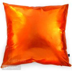 Poduszka dekoracyjna MAGIC ORANGE Oto przepis na prostą, skromną, ale piękną dekorację. Magiczna poduszka. Poduszka pełna blasku. Jest idealna by rozjaśnić ciemną kanapę. Poduszka ozdobna wraz z wypełnieniem. - MATERIAŁ: lama - KOLOR: pomarańczowy - WYMIAR POSZEWKI: 45x45 cm, zapinana na zamek   #poduszka #dekoracja #handmade #grupart  Inne poduszki dostępne na: http://www.grupart.pl/poduszki-i-narzuty-174.html