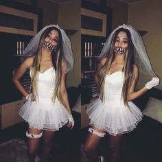 Halloween ideas with your bff on we heart it Halloween Fotos, Group Halloween Costumes, Halloween Cosplay, Halloween Outfits, Halloween 2018, Halloween Makeup, Diy Costumes, Costume Ideas, Creepy Halloween