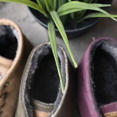 #warmboots #warmshoes #naturalworldeco #man #woman #kids #ecofriendly #madeinspain #botascalentitas #hechoenespaña #mini #mininavacerrada #miniguadarrama #navacerrada #guadarrama #compralocal #sierrademadrid