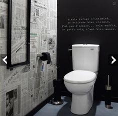 Idée décoration WC avec papier peint version journal et peinture à tableau pour une ambiance en noir et blanc dans les toilettes. Peinture Maison Déco et papier peint Leroy Merlin: