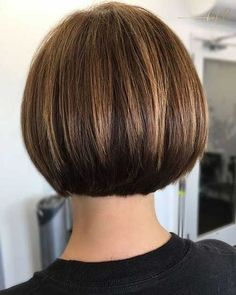 50 Chic Short Bob Hairstyles and Haircuts for Women in 2019 - With Hairstyle - women. - 50 Chic Short Bob Hairstyles and Haircuts for Women in 2019 – With Hairstyle – women. Bob Haircuts For Women, Bob Hairstyles For Fine Hair, Short Bob Haircuts, Short Hairstyles For Women, Hairstyles Haircuts, Haircut Bob, 2018 Haircuts, Haircut Short, Modern Bob Hairstyles