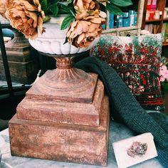 www.rustonline.com.au IG: @rustavalon  #interiors #marble #marblestatue #antique #antiquehomewares #antiquehome #homedecor #homedecorideas #rustic #rustichome #potplant #planter #antiqueurn #urn