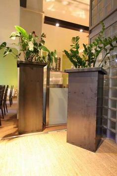 stählerne Pflanzgefäße für die Gästeresidenz PelikanViertel