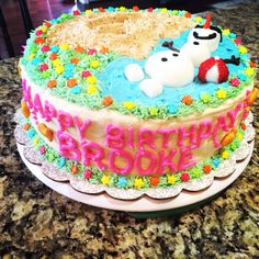 """Frozen"" Olaf in summer birthday cake"