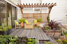 Here, a simple pergola creates gives this small garden landscaping a grand feel. Arbors and pergolas are lassic small yard landscaping odeas and great ways to frame a view, but you can do the same with shrubs, small trees, or even pieces of garden art. Small Yard, Modern Backyard Landscaping, Outdoor Rooms, Outdoor Decor, Front Yard Landscaping, Large Backyard, Diy Backyard, Outdoor Design, Backyard Landscaping Designs