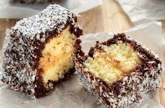 Kevert tésztás kókuszkocka - amilyen hamar kész, olyan hamar el is fogy! Romanian Food, Cheesecakes, Sweet Treats, Muffin, Food And Drink, Cooking Recipes, Sweets, Breakfast, Meal