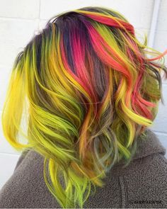 @hairbykaseyoh is the artist... Pulp Riot is the paint. #pulpriothair #hair #haircolor #hairstyle #beauty