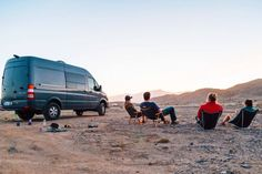 Find out how you can camp for free in beautiful locations (like this spot in Anza Borrego, CA!) throughout the US and Canada in this free camping guide.