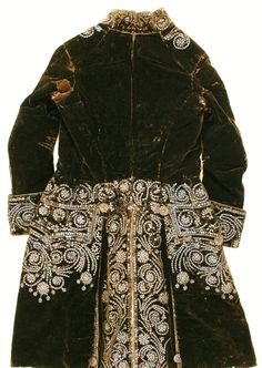 The unbearable lightness of a silk French Court Suit 1750-75