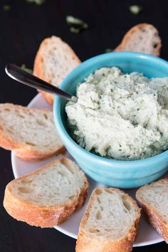 Side photograph of vegan tofu ricotta spread plated in a blue bowl and surrounded by slices of french bread. Vegan Cheese Recipes, Vegan Snacks, Vegetarian Recipes, Vegan Food, Tofu Recipes, Recipies, Healthy Recipes, Vegan Ricotta, Cheese Alternatives