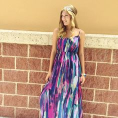 WATERCOLOR WONDERLAND// This brand new Watercolor maxi is perfect for those summer nights out! Modeled by @laynexelizabeth  CALL US TO HOLD OR SHIP #941.312.2439  #malibufox #boutique #boho #beachbabes #gypsy #fashion #girly #srq #sarasota #shoes #bradenton #florida #shopping #universityparkway