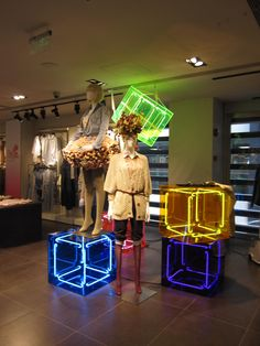 "ME&CITY,Shanghai,China,""a box of light"", pinned by Ton van der Veer Window Display Design, Store Window Displays, Shop Interior Design, Retail Design, Shoe Store Design, Neon Box, Display Shelves, Pos Display, Visual Display"