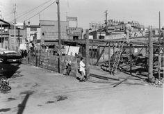 1963年(昭和38年)2/20品川区大井町駅前 戦後の闇市を起源とするマーケットの取り壊し