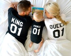 King and Queen 01 Prince 01 Father Mother Son Daughter T-shirts King and Queen shirts Couples Shirts cotton UNISEX Price by item Cute Kids, Cute Babies, Baby Kids, Cute Family, Family Goals, Matching Family Outfits, Matching Shirts, Foto Baby, Couple Shirts