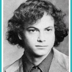 Young Gary Sinise before he was famous yearbook picture, This website has tons of photos of actors before they were famous. makes me feel better about myself. LMAO This pic kind of looks like when he was on Forest Gump! Celebrities Then And Now, Young Celebrities, Young Actors, Celebs, Celebrity Yearbook Photos, Yearbook Pictures, Celebrity Pictures, Gary Sinise, Hollywood Stars