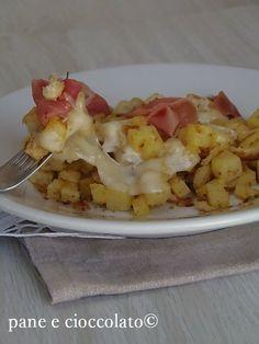 Patate mozzarella e mollica in padella