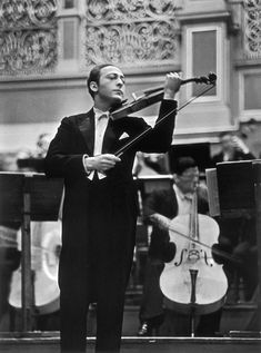 Not my circus. Jascha Heifetz, Best Violinist, Keith Jarrett, Not My Circus, Top Photographers, Historical Pictures, Life Magazine, Stock Pictures, Classical Music