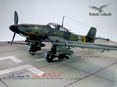 very nice model, looks like its 1:32 scale, none the less...I like it...