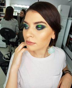 Greenmakeup using peacock colors 🦚🦚🦚 and Becca 🦚🦚🦚 Glam makeup 🦚🦚🦚 machiaj glam pentru sedinta foto 🦚🦚🦚 Peacock Colors, Green Makeup, Glam Makeup, Becca, Septum Ring, Rings, Blue, Jewelry, Fashion