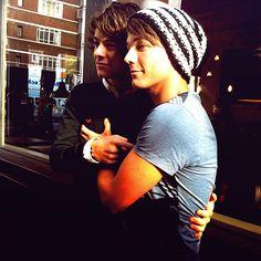 Louis' arm