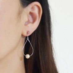 Ivory Cotton Pearl Invisible Clip On Earrings,Pearl Clip On Earrings, Comfortable Clip-on Earrings,Dangle Hoop Clip on, Non Pierced Earrings  ◆Material: Cotton pearl -Cotton pearls are compressed-cotton pearl and the weight is amazingly light.  You feel as if you were wearing nothing!    It is said that the cotton pearl jewelries appeared around in the middle of 19 century. During Art Deco era, many layers of pearl necklace style were booming, however, the weight of those jewelries is so…