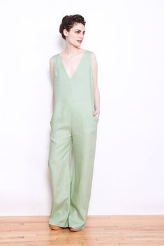 Nomia Linen V-Neck Jumpsuit Pistachio – PERSONNEL of New York