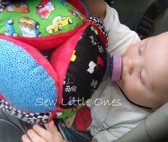 Small Personalize Baby Bottle Holder van sewlittleones op Etsy, $30,00