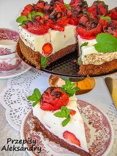 Przepisy Aleksandry: Tort truskawkowo-adwokatowy.