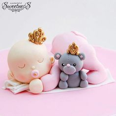 Baby Shower Bliss - Baby girl princess topper from A Pocket Full Of Sweets via Facebook. (Inspiration)