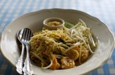 The real Pad Thai The Pad Thai is a typical dish of Thailand, that o . Thai Rice, A Typical, Rice Noodles, Fish Sauce, Japchae, Thailand, Spaghetti, Treats, Dishes
